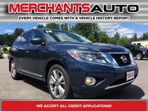 Pre-Owned 2014 Nissan Pathfinder Platinum with Navigation