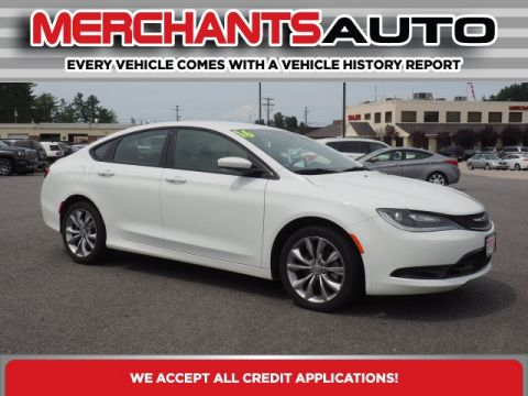 Pre-Owned 2016 Chrysler 200 S FWD 4D Sedan